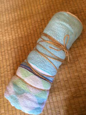 麻紐で縛られたタオル