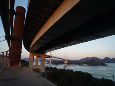 来島大橋海峡の裏