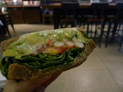 アボカドのパン