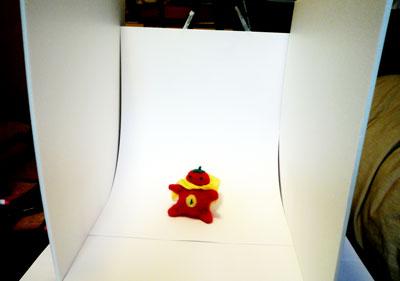 スタジオにトマトマン