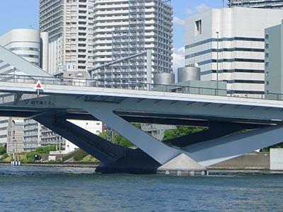 アーチ橋のひじ