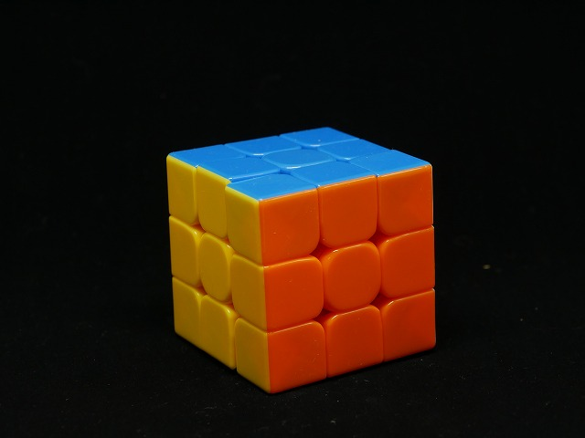 中国製ルービックキューブ