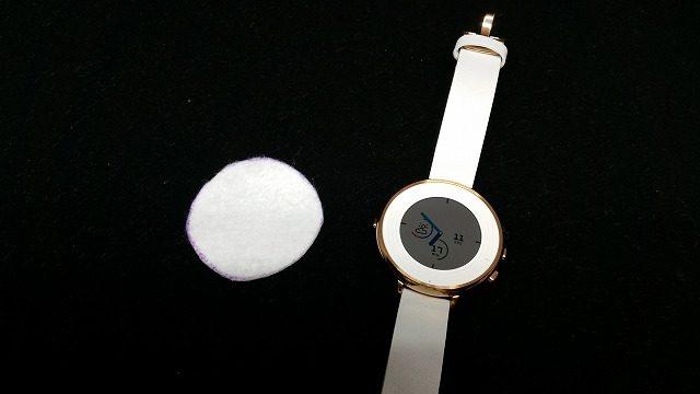 時計とフェルト
