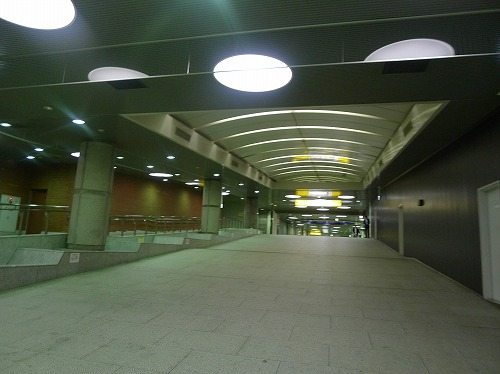 京葉線東京駅の地下道