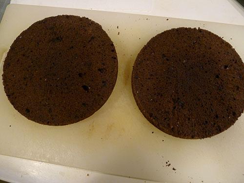 2段になったケーキ