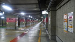 サンシャインの地下駐車場