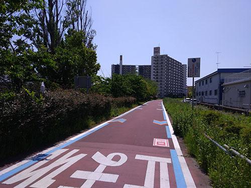 団地の中の専用路