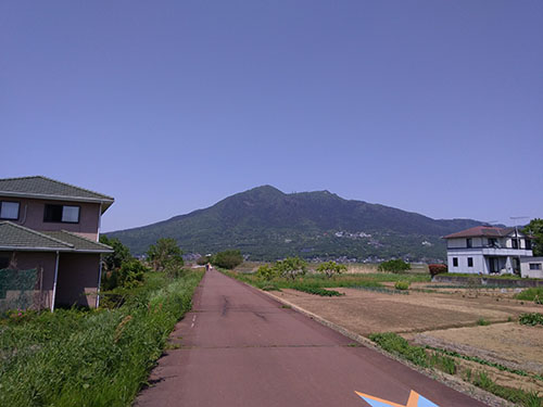 筑波山っぽい