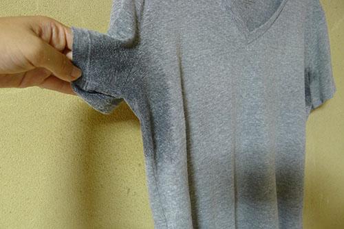 びしょびしょのTシャツ