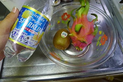 炭酸水 キウイ ドラゴンフルーツ