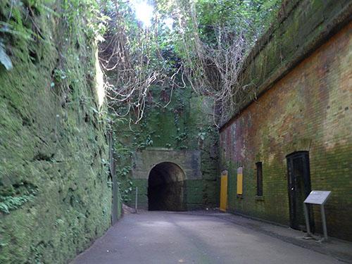 猿島 第一砲台付近のトンネル
