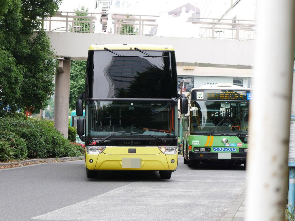 2階建てのはとバス