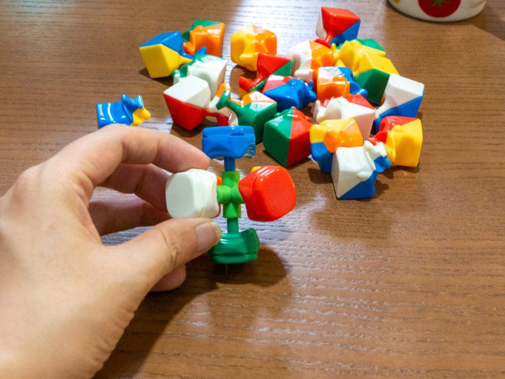 ルービックキューブの中心の部品