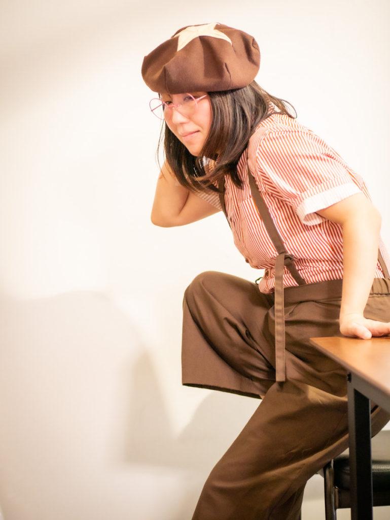 シイタケ帽子をかぶった高橋ホイコさん
