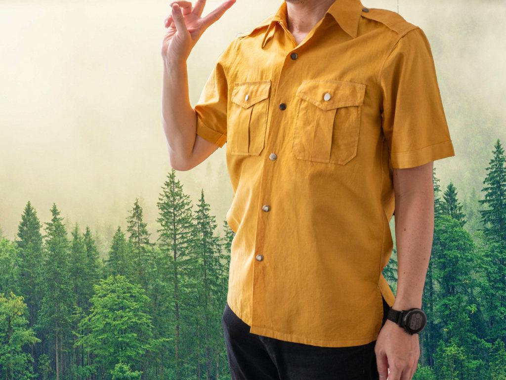 タマネギの皮で染まるシャツ